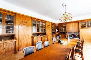 Historische Bibliothek und Konferenzraum der LAW
